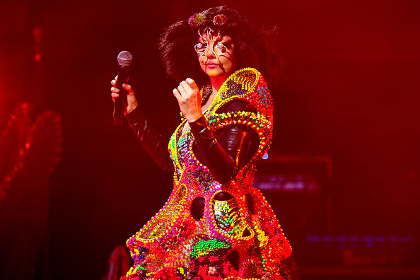bjork-performs-onstage-at-the-eden-project-on-july-7-2018-in-st-picture-id993729158.jpeg