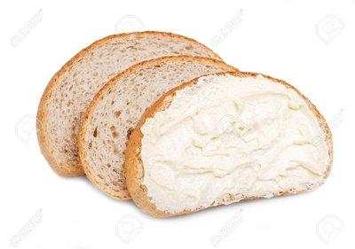 54366618-tranches-de-pain-tartiné-au-beurre.jpg